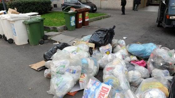 Roma, traffico illecito di rifiuti: blitz con 23 misure cautelari