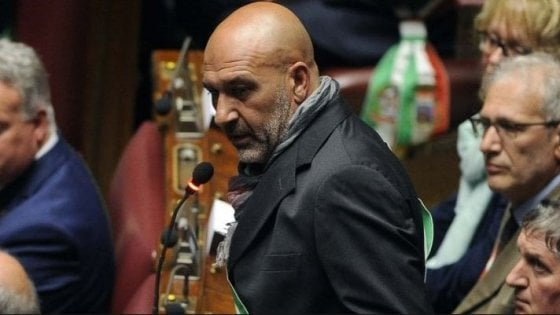 Terremoto ad Amatrice, per il crollo di una palazzina chiesto processo per l'ex sindaco Pirozzi