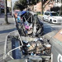 Roma, ancora cassonetti in fiamme a Colli Portuensi e sulla Colombo