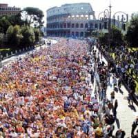 Maratona di Roma, i 5 Stelle contro Repubblica: