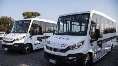 Trasporti, Raggi presenta i nuovi bus poi arriveranno quelli usati   foto
