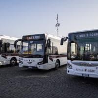 Roma, presentati i primi 38 bus Atac a noleggio, gli altri 70 fra marzo e aprile