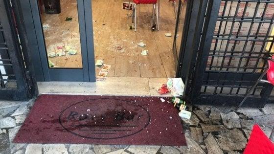 Roma, raid al Roxy bar: Antonio Casamonica condannato a sette anni