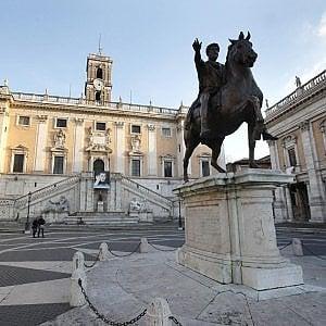 """Roma, gettoni di presenza per la commissione doppione: """"I consiglieri li restituiscano"""""""