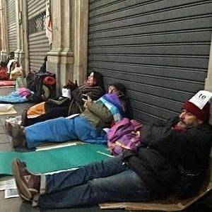 """A Ostia arrivano i """"Medici senza fissa dimora"""": visite e assistenza psicologica gratuite ai senzatetto"""