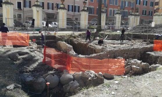 Roma, svelata a Palazzo Corsini la bottega delle anfore