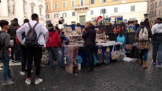 Bancarelle shock a Roma, regole in vista