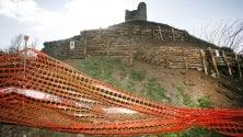Appia, cede collina con  il tumulo dei Curiazi