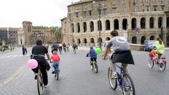 In bici o a piedi, ma senza metro: terminata la domenica ecologica