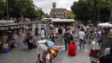 Bancarelle, la Cassazione: 'Il Campidoglio  può spostare ambulanti da aree di interesse'