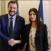 Salvini, ancora ironia su Raggi: