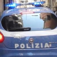 Roma, ruba auto con anziana a bordo, la sequestra e poi la abbandona