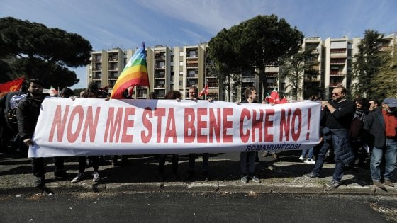 "Torre Maura, presidio antifascista: ""Quartiere non calpesta pane, ma sinistra doveva venire prima"""