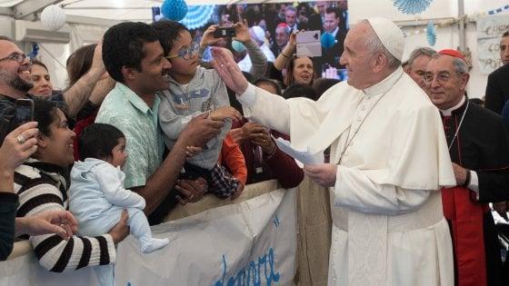 Roma, Monteverde, il papa inaugura la chiesa di San Giulio ristrutturata