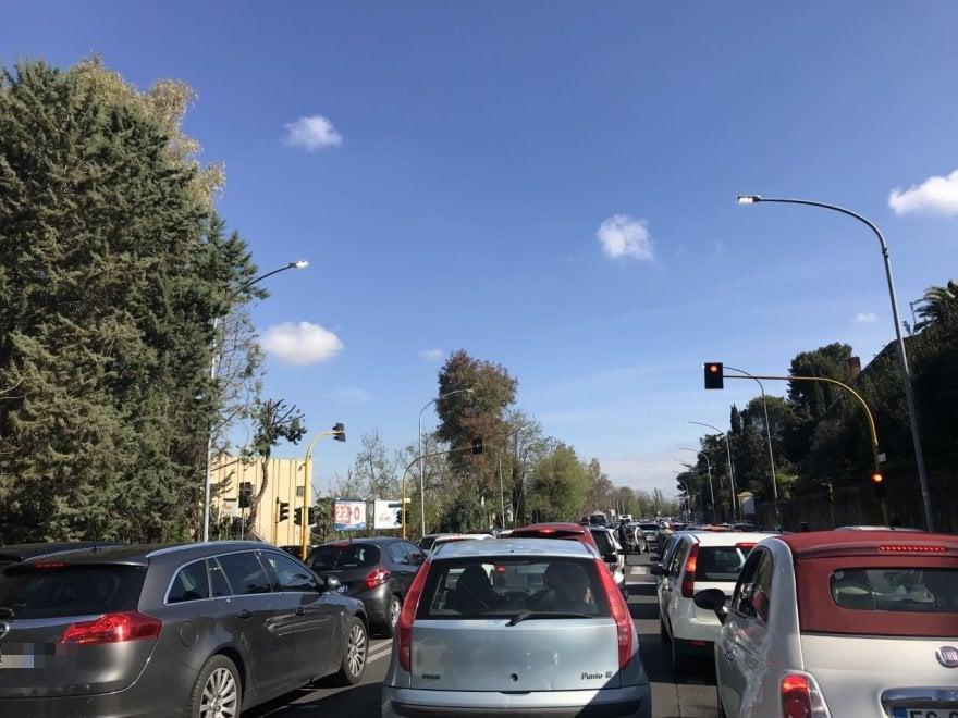 Roma, traffico in tilt a Roma sud per la Formula E
