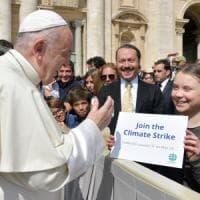 "Fridays for future a Roma,  Papa Francesco incontra Greta: ""Vai avanti"""