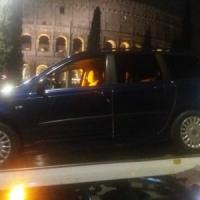 Roma, trasportava passeggeri senza licenza e patente: 7mila euro di multa
