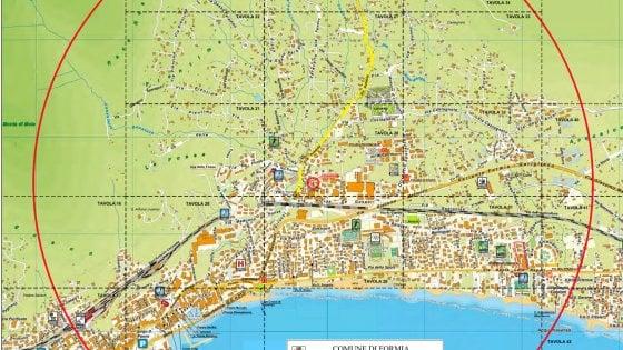 Bomba inesplosa a Formia, evacuazione per sedicimila persone: ecco cosa succederà il 5 maggio