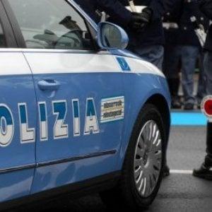 Roma, non si fermano all'alt e provocano due incidenti: arrestati dopo un inseguimento