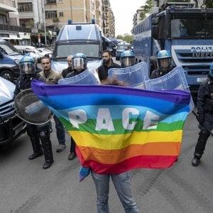 """Roma, insegnanti istituto Salacone a Mattarella: """"Siamo coi rom, ma lo Stato dov'è?"""""""