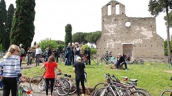 """Roma, da Regina Viarum ad autodromo: """"Basta con il traffico tra le antichità"""""""