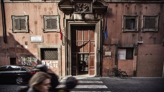"""I liceali del Virgilio a lezione dal Grand'Oriente. L'Antimafia: """"Scelta inopportuna"""""""