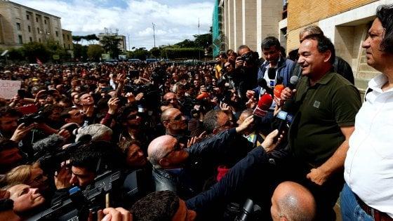 Schiaffo al ragazzo durante la visita di Lucano alla Sapienza: identificato il militante di Forza Nuova