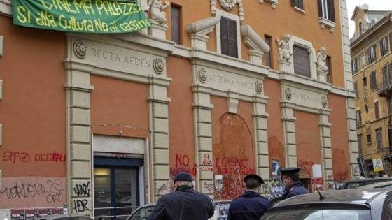 """Roma, nuovo dossier sulle occupazioni: """"Sgomberate gli antagonisti"""""""
