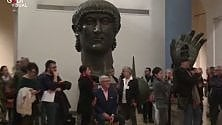 Arte in notturna, migliaia nel sabato romano  video