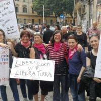 Roma, manifestazione per Desirée a San Lorenzo: Fiore portato in questura. Fn Non sfila...