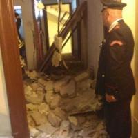 Roma, esplosione in bed&breakfast del centro: crollano due pareti. Nessun ferito