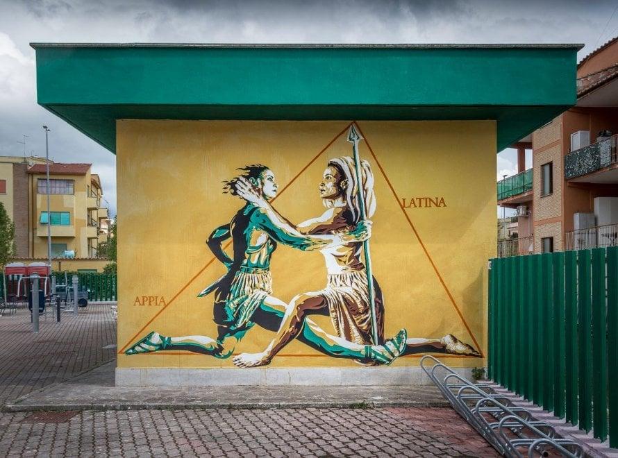 La guerriera e la matrona: la via Appia e la via Latina nel nuovo murale di Diavù