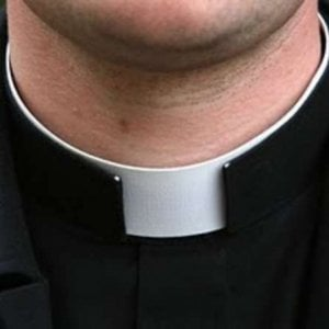 Roma, arrestato monsignore Usa condannato per pedofilia: era latitante dal 2006