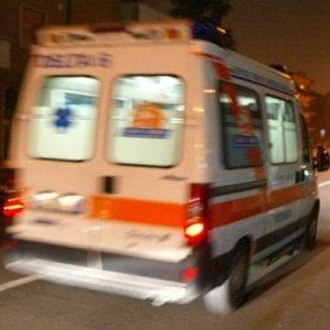 Roma, travolta da un tram a Centocelle: donna in prognosi riservata