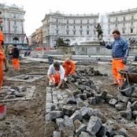 Roma, addio sanpietrini da 68 strade: tornano  nelle zone pedonali