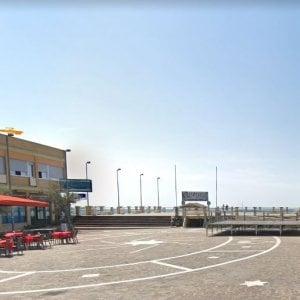 Si tuffa e muore dopo pochi minuti, vittima un 17enne sul litorale romano