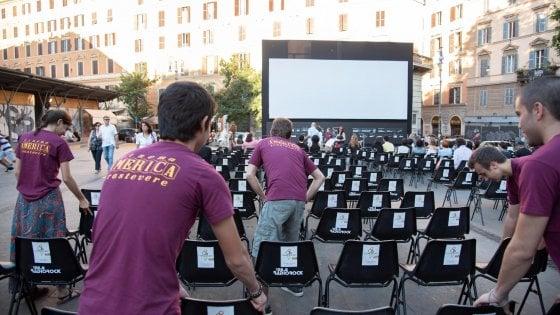 """L'aggressione a Trastevere, in piazza con la maglietta del Cinema America insieme a Jeremy Irons: """"Bisogna dare un segnale"""""""
