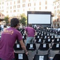 L'aggressione a Trastevere, in piazza con la maglietta del Cinema America