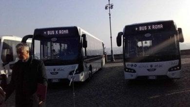 Addio ai 70 bus a noleggio. I mezzi tornano  in Israele, reimmatricolazione impossibile