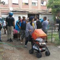 Roma, sgomberato l'istituto agrario di Cardinal Capranica: tensioni e barricate in fiamme