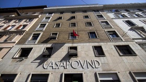 """Roma, il Demanio denuncia: """"Sfrattate CasaPound"""". In procura l'esposto sul palazzo occupato dal 2003"""
