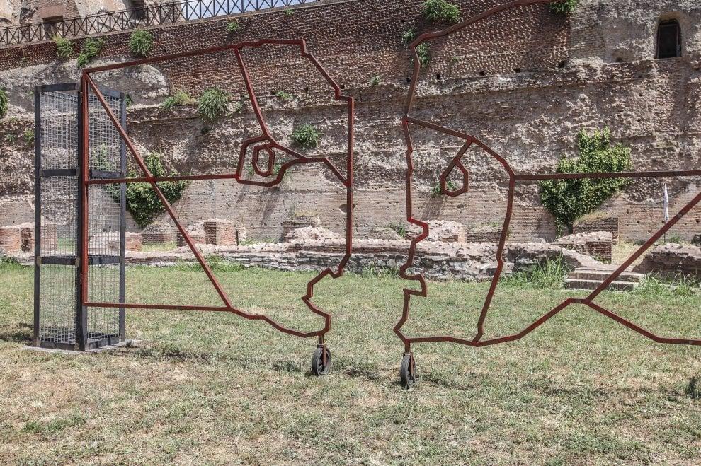 """In mostra al Palatino, """"Kronos Kairos""""; dialogo tra tecnologia e obsolescenza"""