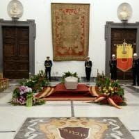 Morto Luciano De Crescenzo: in Campidoglio la camera ardente per l'omaggio