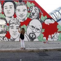 Ostia, volti cancellati dal murale: CasaPound adesso esulta