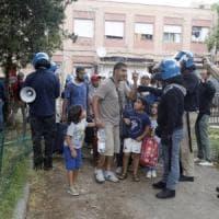 Sgomberi, Salvini salva Cpi e silura il Cinema Palazzo