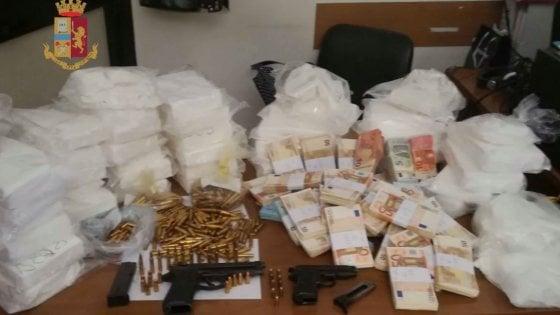 Droga dall'Olanda a Roma: nove arresti, sequestrati 200 chili di cocaina