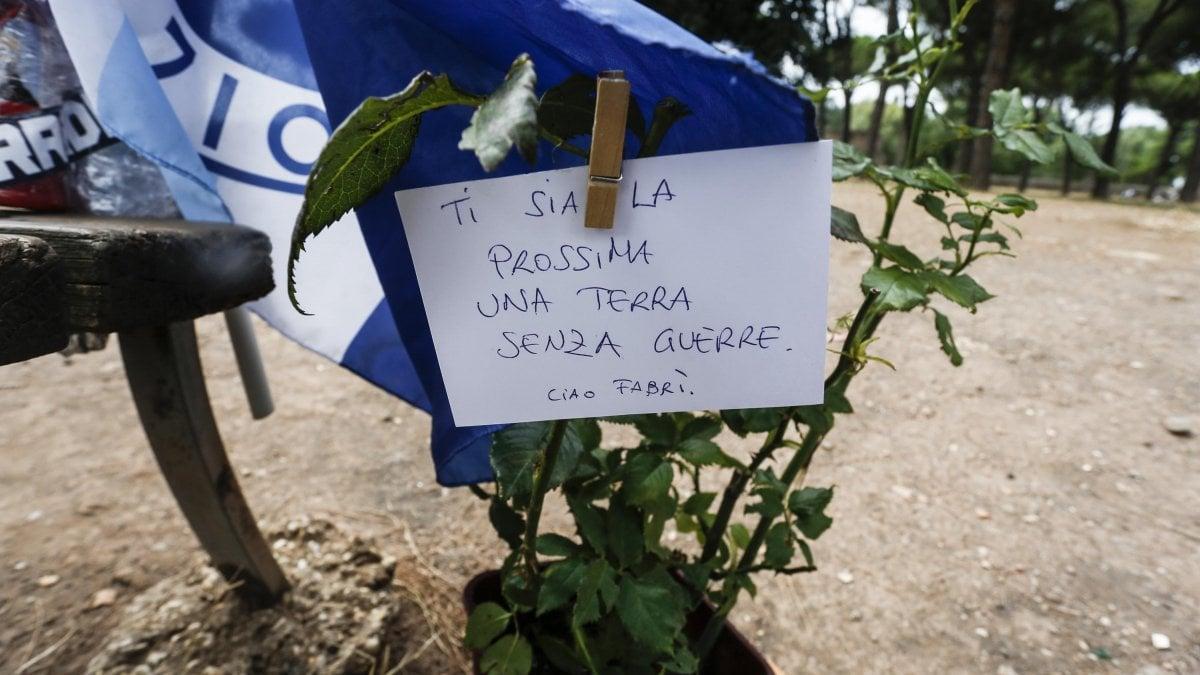 """Delitto Piscitelli a Roma, procura: """"omicidio volontario aggravato dal metodo mafioso"""". Al killer si è inceppata l'arma"""
