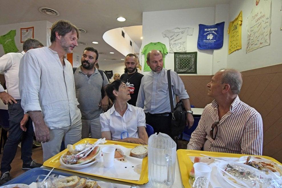 Ferragosto di solidarietà a Roma, il pranzo della comunità di Sant'Egidio e Caritas