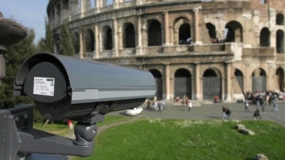 Roma, città meno sicura: dalle metro al centro, telecamere fuori uso