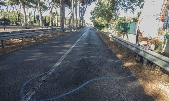 Ostia, troppe buche stradali: su tre chilometri della via Ostiense divieto di transito alle due ruote